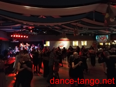 "Milonga in the Nachtkantine with live music ""La Juan D'Arienzo"" from Argentina @ Munich_2"