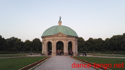 Open Air Milonga in the Diana Temple @ Munich_1